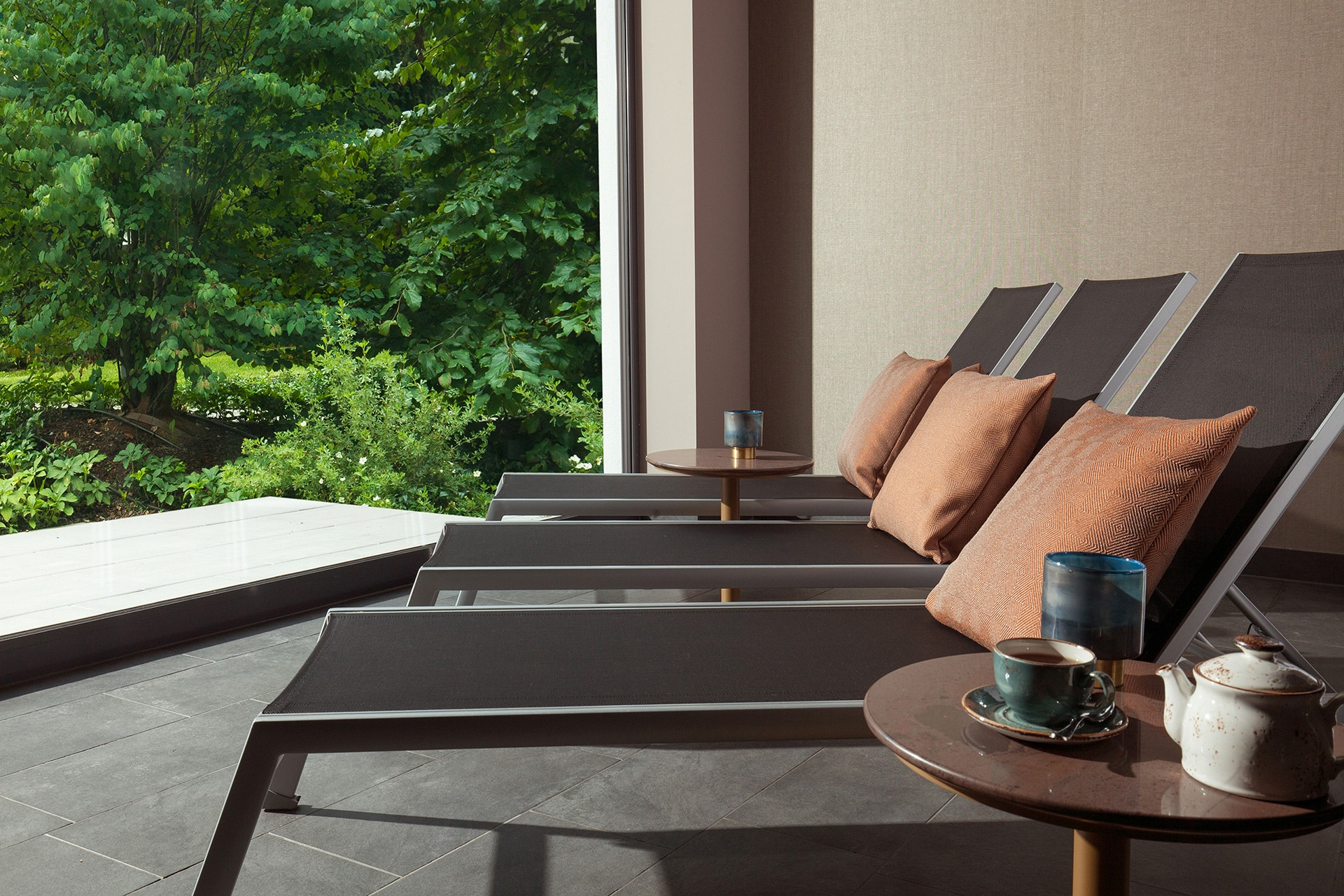 Spa area at the ACASA Suites Zurich with a clear view into the garden