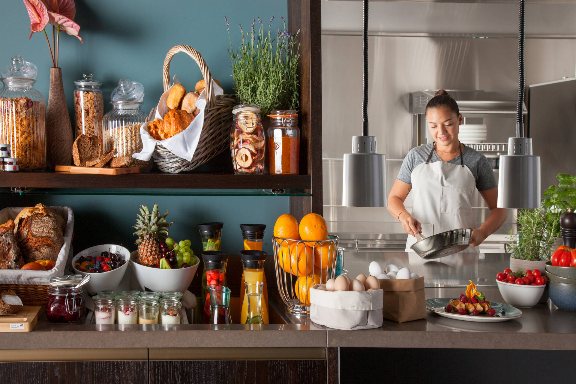 Freshly prepared for you – breakfast service in ACASA Suites